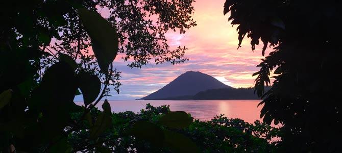 Sulawesi-Bunaken-Sonnenuntergang