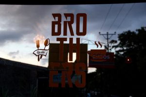 Brothers-Café in Tomohon