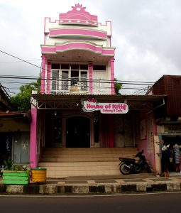 House of Kitty in Tomohon