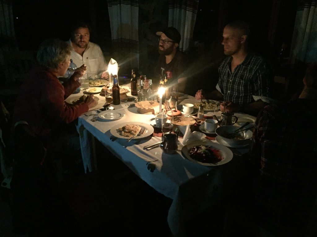 Abendessen in der Sora Lodge in Lalibela