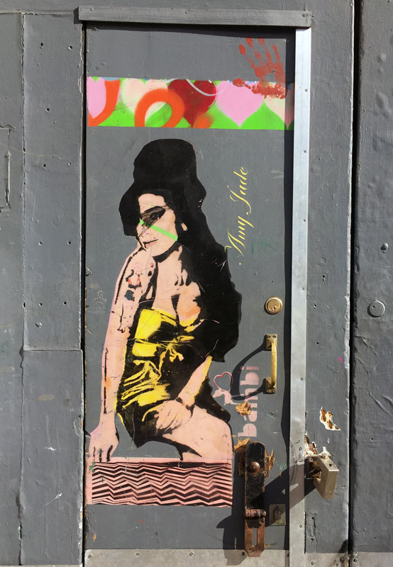 London-Streetart-bambi-Amy-Winehouse-weltreize