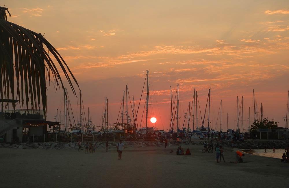 Sonnenuntergang Hafen Santa Marta