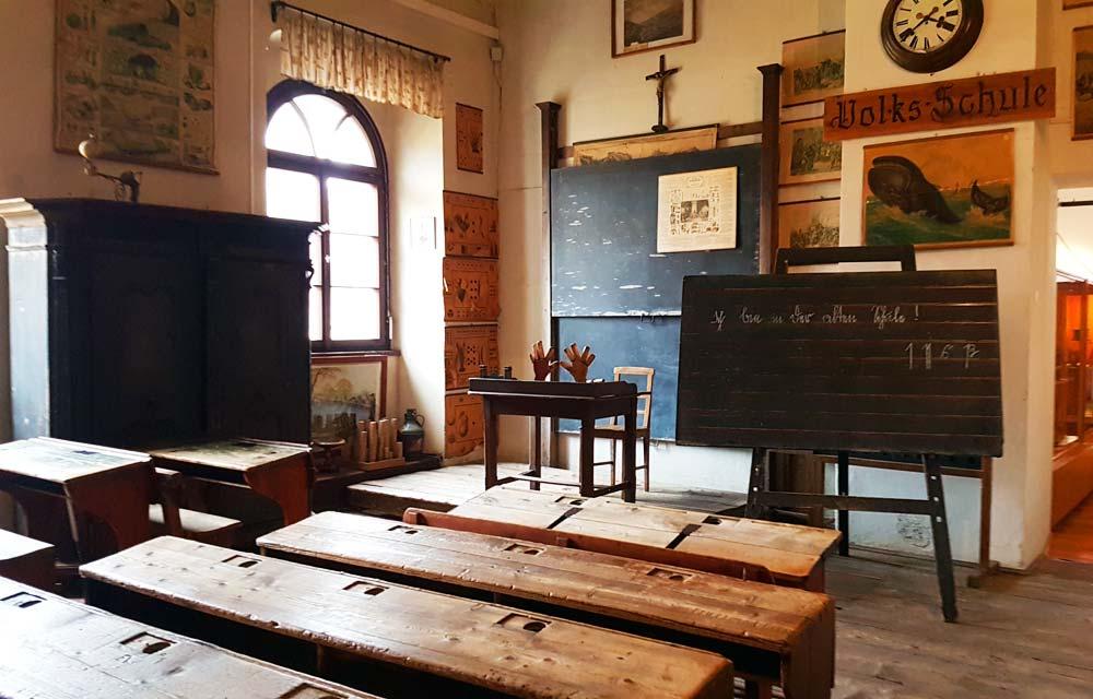 Klassenzimmer Volksschule im Museum fuer Volkskultur in Spittal